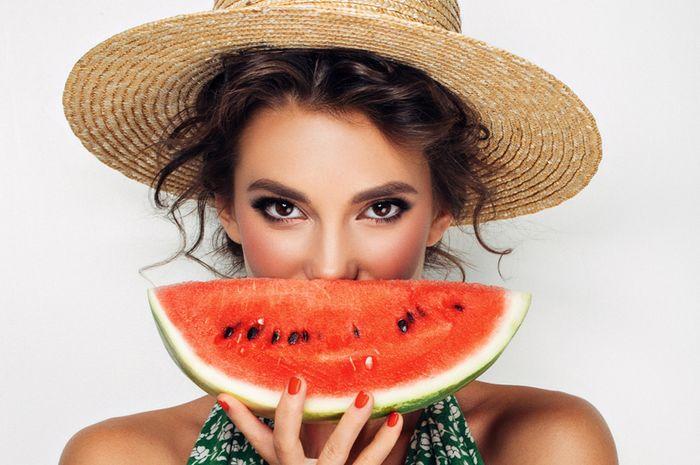 Manfaat Masker Semangka Untuk Wajah Sehat Dan Glowing